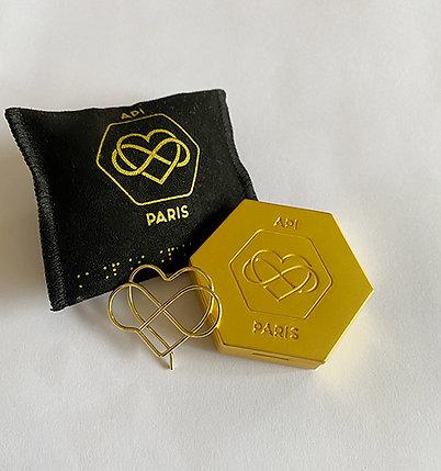 Écrin Hexagone doré + la capsule de concrète de votre choix.