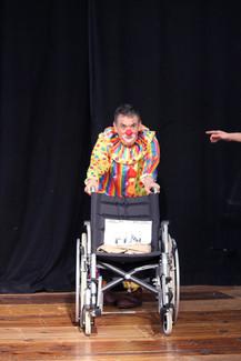 Il_est_ou_le_clown_Spectacle_photo_colle