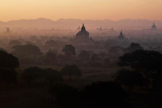 KCIM_Bagan-Sunrise_2016.02.22_Leica-SL__0186w.jpg