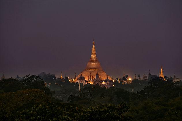 KCIM_2017.02.17_Yangon_Shwedagon_L004036w.jpg