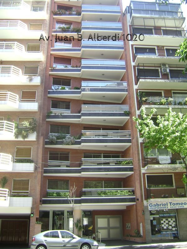 JUAN B. ALBERDI 1020-Caballito