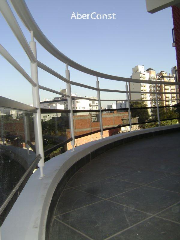 BARANDA BALCÓN CURVA