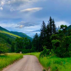 Budget Trip to Billionaire's Town, Aspen, Colorado, USA