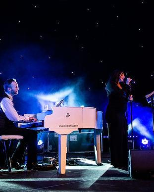 piano vocal duo wedding singer