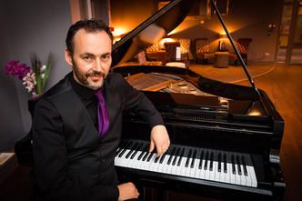 liverpool empire theatre piano bar pianist ed alexander
