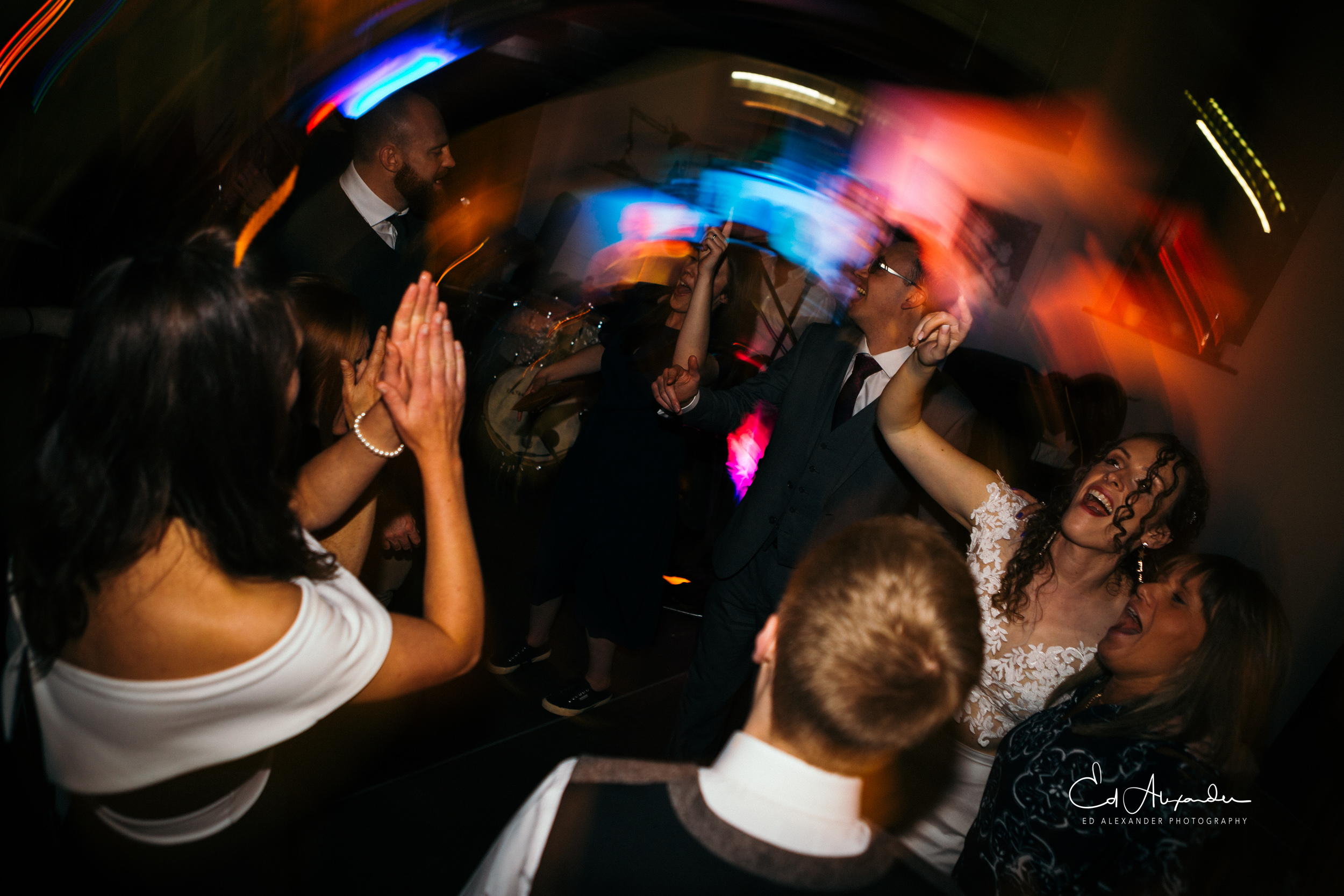 liverpool wedding photography dancing