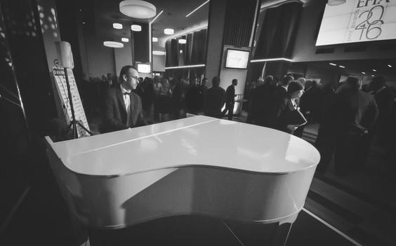 event pianist for corporate event liverpool birmingham nec