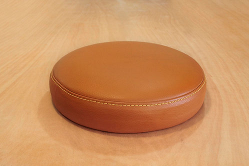 How to cover a round seat with an oversewing