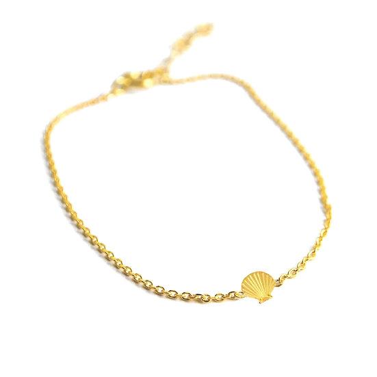 ADORABILI Shell Bracelet