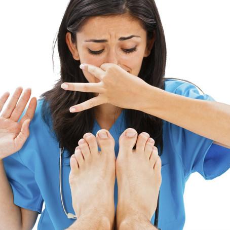 Transpiration des pieds et mauvaises odeurs