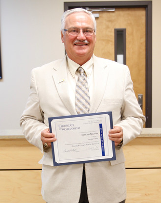 "School Board Member, Edmond ""Ned"" Nelson Receives Certificate of Achievement from SCSBA&#3"
