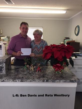 Farm Bureau Insurance and Calhoun County Farm Bureau Spread Holiday Cheer