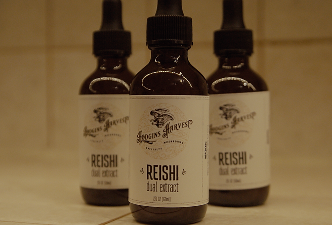 Reishi Tinctures PHOTO CC.png