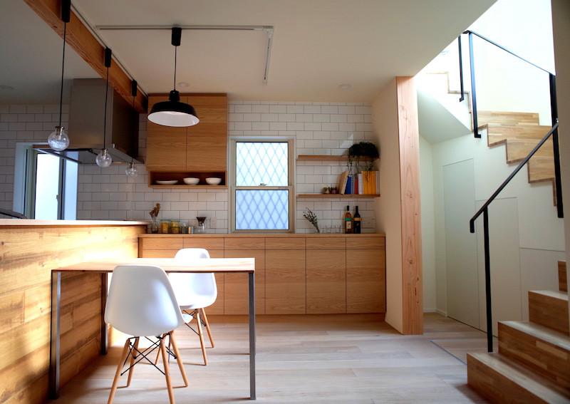 ハニカムラボリノベーション住宅リビング