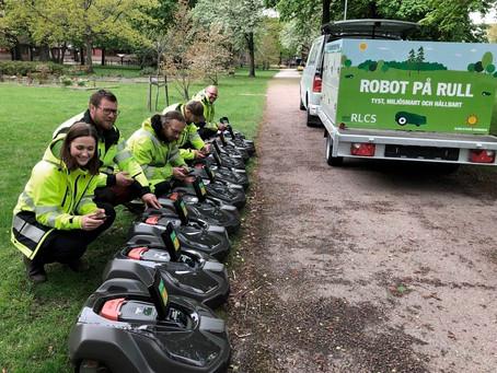 Robotar tar över Karlstads grönytor