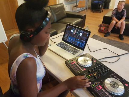 Girl DJ Pic.JPG