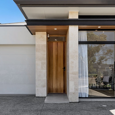 Pearl Grey Engineered Timber Oak & Domain Rise