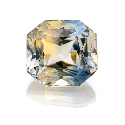M197-003 - Parti-Color Sapphire Radiant 11.5x10.7 8.56cts IIA (LLRA)