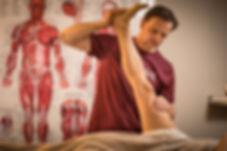 massage sportif, physiothérapie, Ostéopathie, soulagement mal de dos, raideurs aux jambes, périostites, crampes musculaires