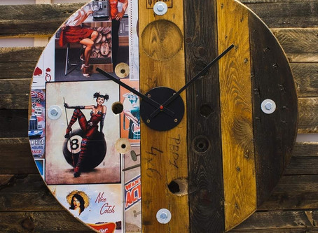 Recycled Vintage Pin Up Pallet Clocks