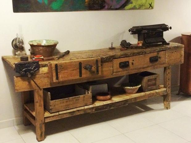 Antique Carpenters Bench Restoration