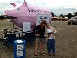 Petunia State Fair 2013.JPG