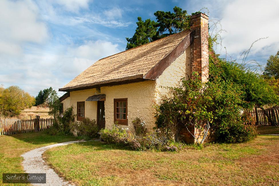 560010 cottage.jpg