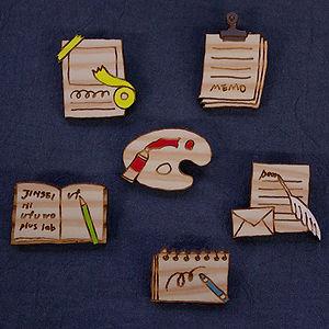 木のアクセサリー(ブローチ)2-2.jpg