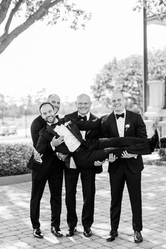 groomsmen BW.jpg