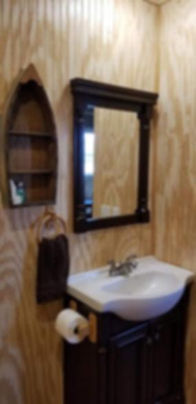 bathroom sink.jpeg