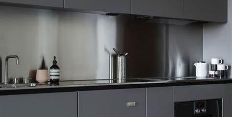 Prime Gris Brillo Kitchen3.jpg
