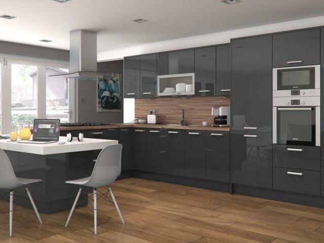 Prime Gris Brillo Kitchen.jpg