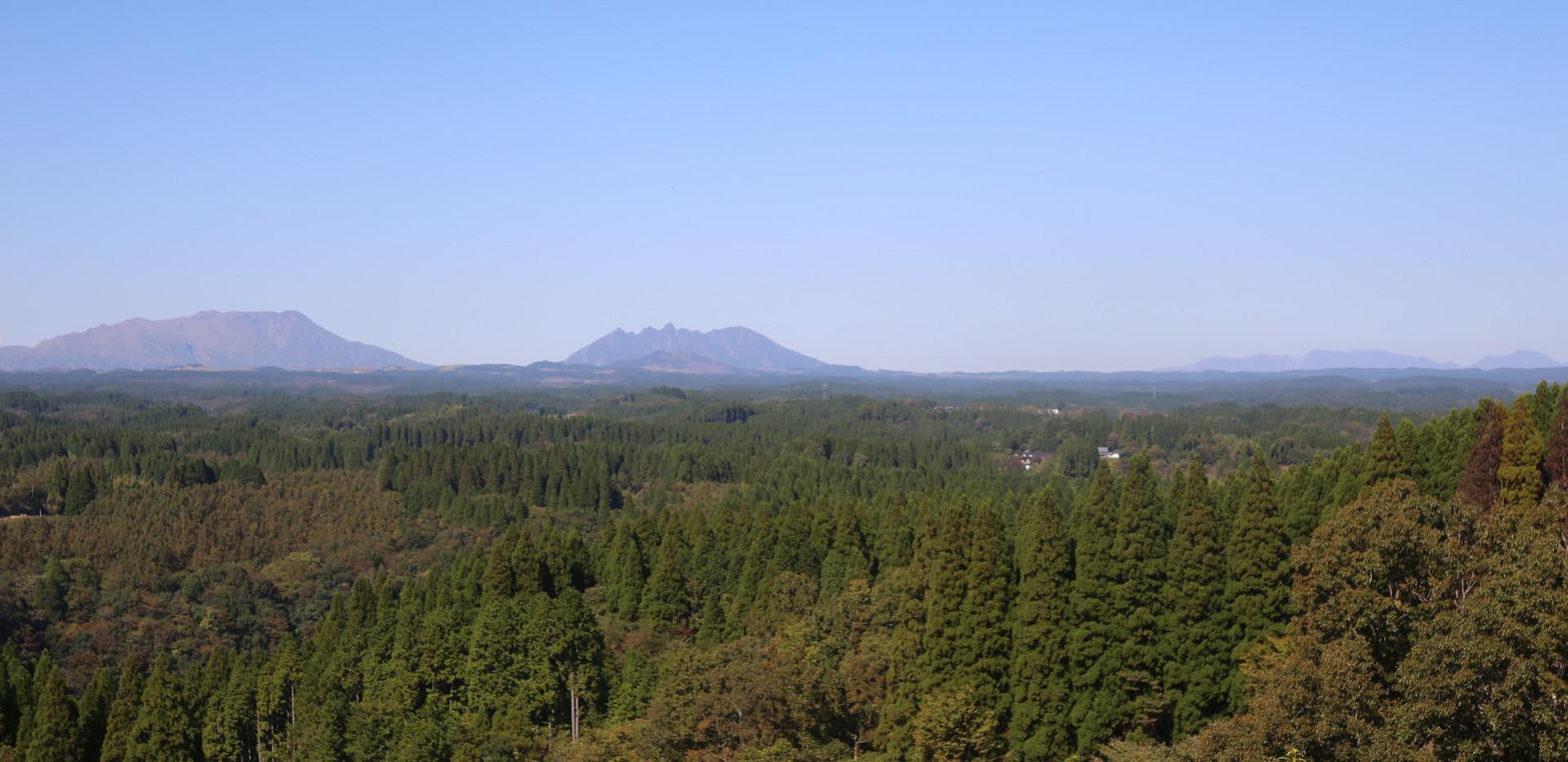 阿蘇五岳、九重連山が一望