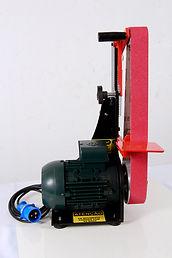 Lixadeira equipada com motor trifásico de 1,5 cv