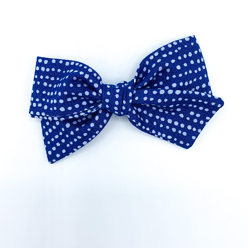$5 Quincey Bow #117