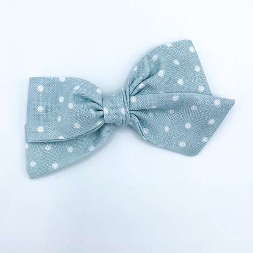 $5 Quincey Bow #123