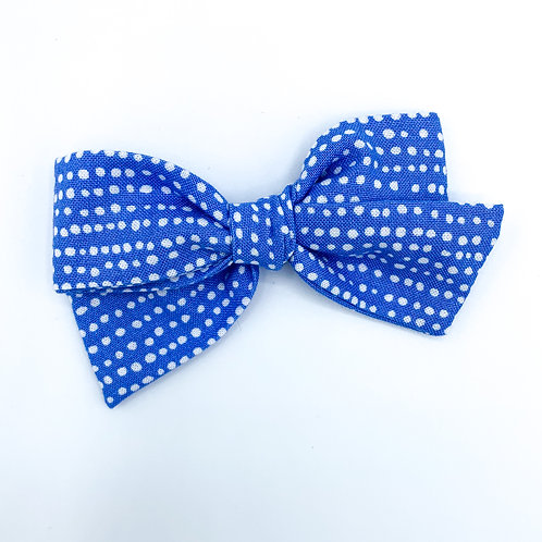 $5 Quincey Bow #126