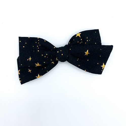 $5 Quincey Bow #140