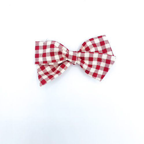 $5 Quincey Bow #164