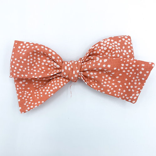 $5 Quincey Bow #116