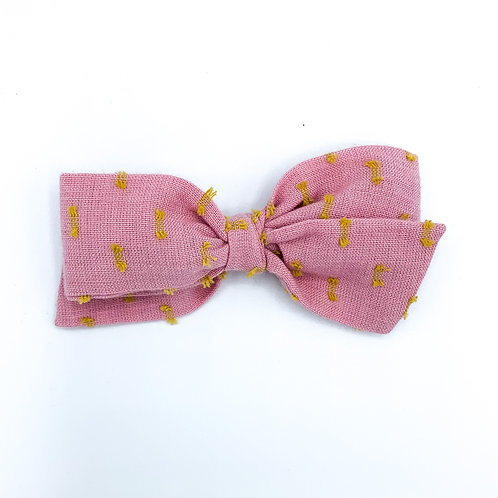 $5 Quincey Bow #138