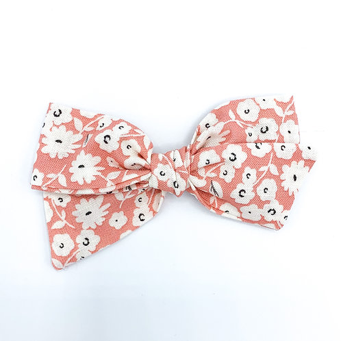 $5 Quincey Bow #54