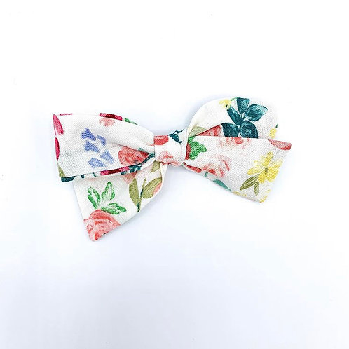 $5 Quincey Bow #74
