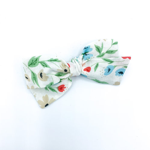 $5 Quincey Bow #30