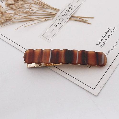 Brown Marbled Stripe Scallop Acrylic Hair Clip