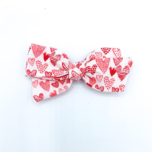$5 Quincey Bow #188