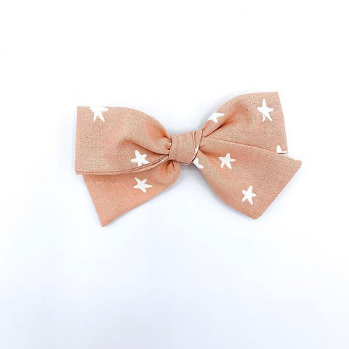 $5 Quincey Bow #77