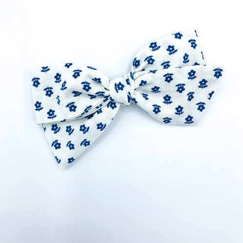 $5 Quincey Bow #46