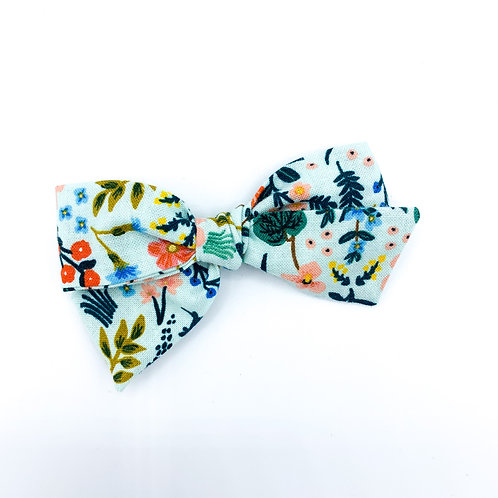 $5 Quincey Bow #1