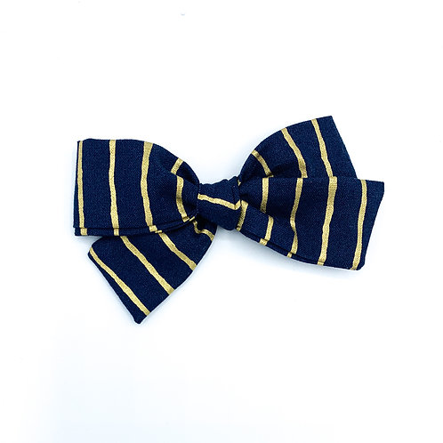 $5 Quincey Bow #190